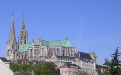 Chartres in a New Light
